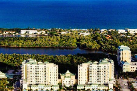 5 STARS VACATIONING BY THE OCEAN - Boynton Beach - Apartment