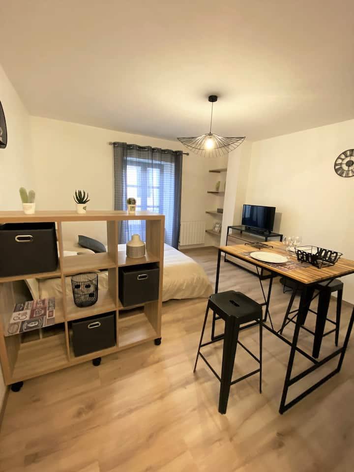 Studio cosy  de 35 m² proche du château