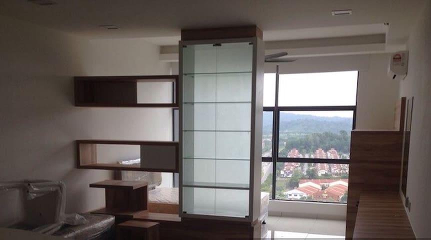 Zeva residence - Seri Kembangan - Lägenhet