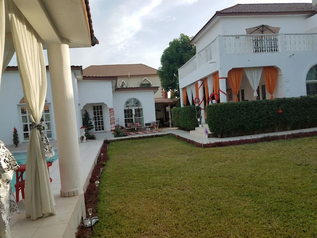 Guest House w/ Swimming Pool in Paradise Estates
