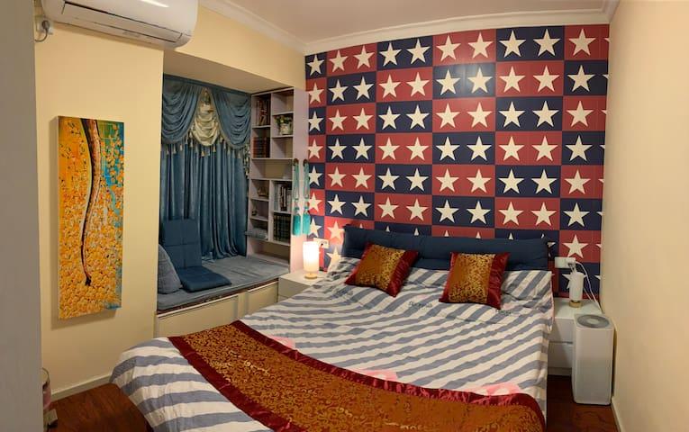 主卧室干净整洁