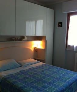 Two-room apartment in Viareggio - Viareggio - Appartement