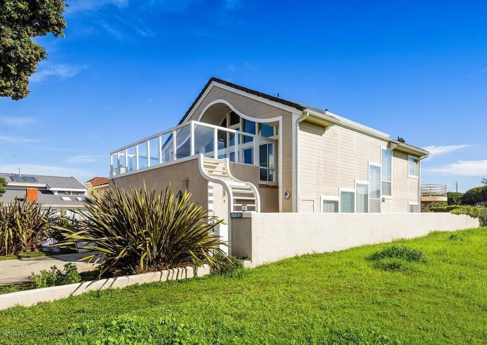 Airbnb Channel Islands