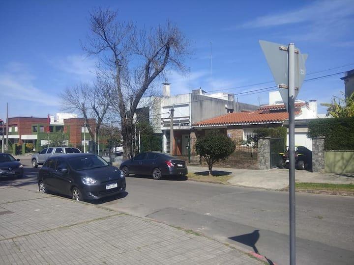 Apto en medio de Montevideo rodeado de Parques