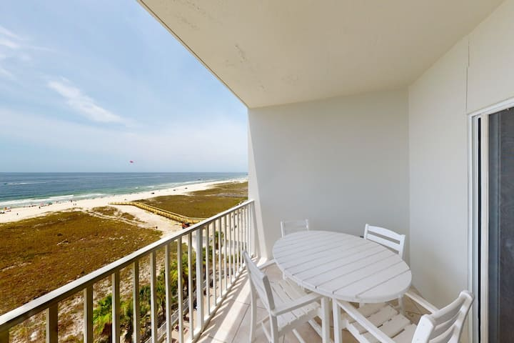 Centrally-located, waterfront condo w/ shared pools, beach access, & hot tub