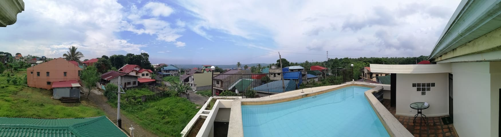 Quaint space w/ private pool overlooking Lucban!