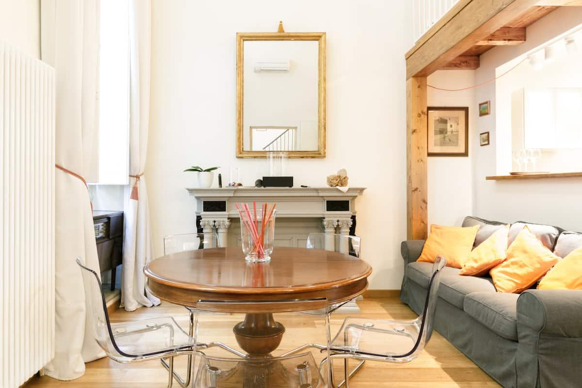 Appartamento tra Storia e Design vicino al Duomo