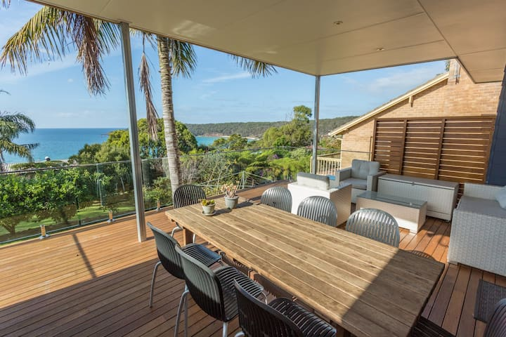 Pambula Family Beach House - Pet Friendly - Pambula Beach