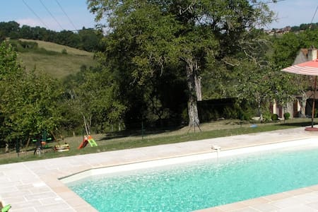 Périgord,quiet stone house and pool - Saint-Cyprien