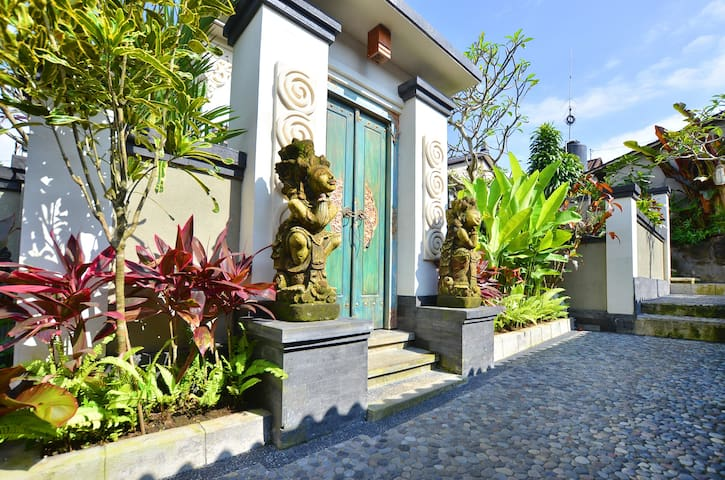 2BR Private Villa  in Balinese Home Ubud