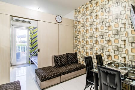 6TH FLR SUN RESIDENCES with balcony/internet/cable