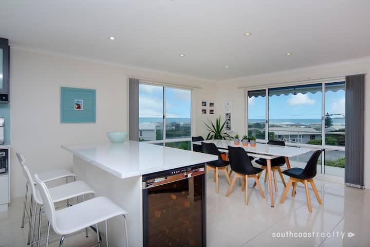 Middleton Beach House with panoramic sea views