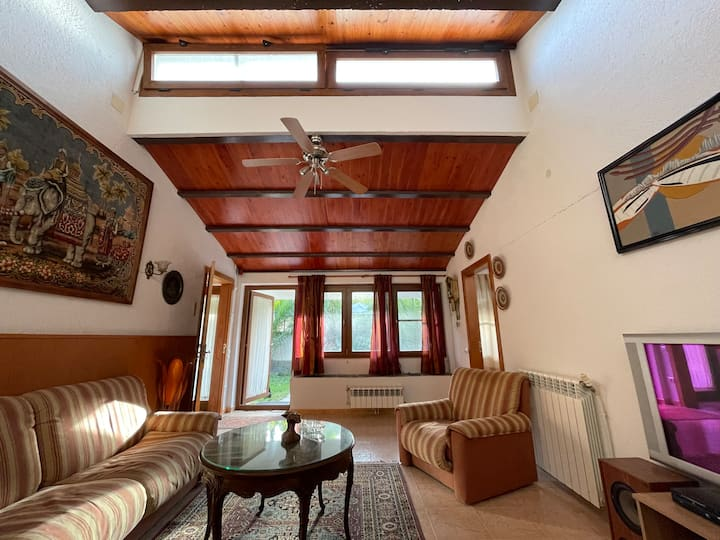 """Idyllic Cottage - Natural Park"" Barcelona"