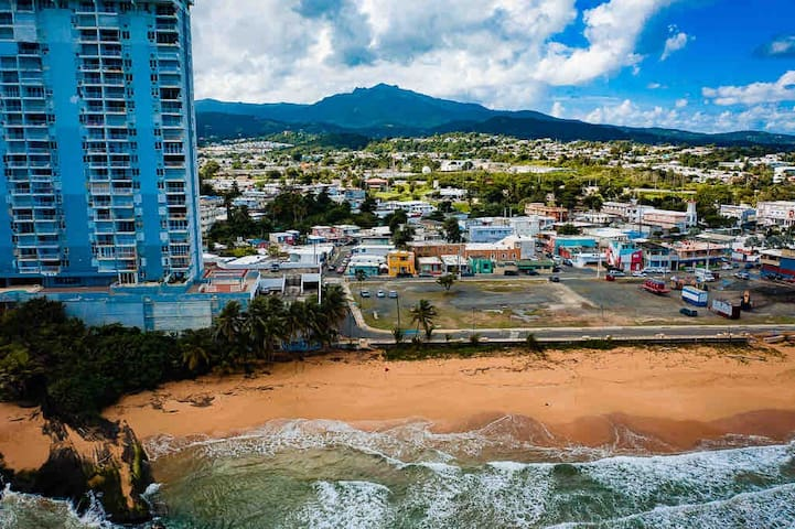 ✦ Oceanview & Beach Access ✷ Luquillo, Puerto Rico