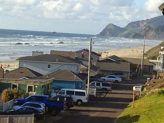 Ocean view, hot tub, pool, beach - Lincoln City - Byt