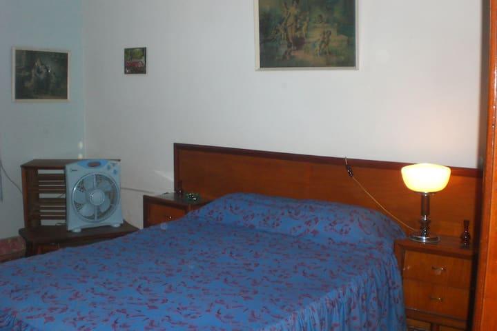 Confortable suite para matrimonio