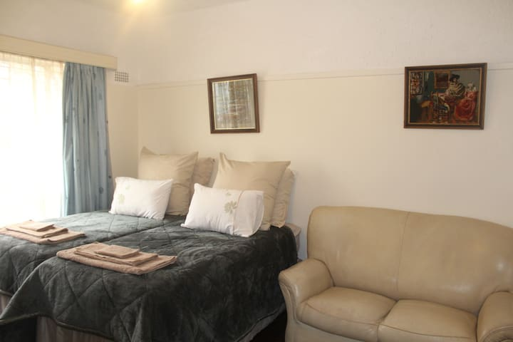Fully furnished apartment in Harare