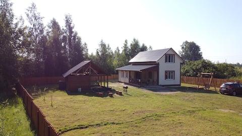 """Агроусадьба """"У Совят"""" уютный домик  вблизи озера."""