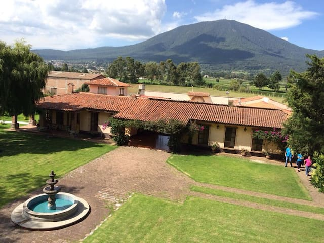 Rancho Los Leones,Country House B&B - Jocotitlán - Bed & Breakfast