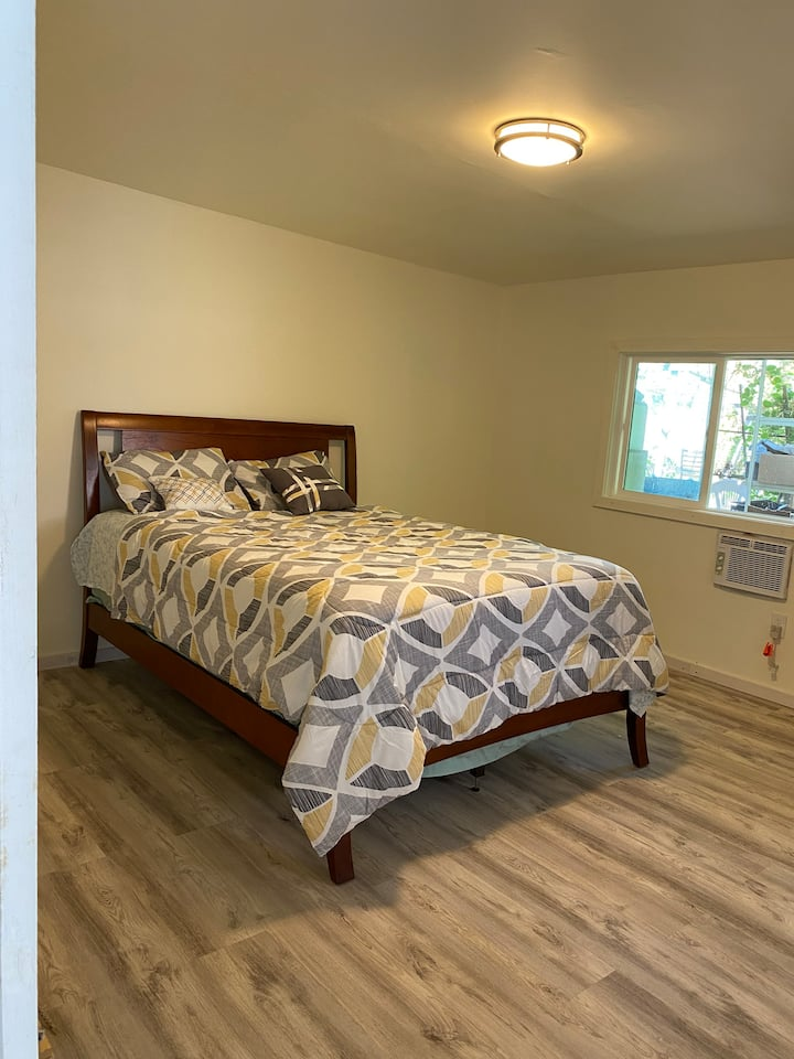 Master bedroom with Separate entrance&own bathroom