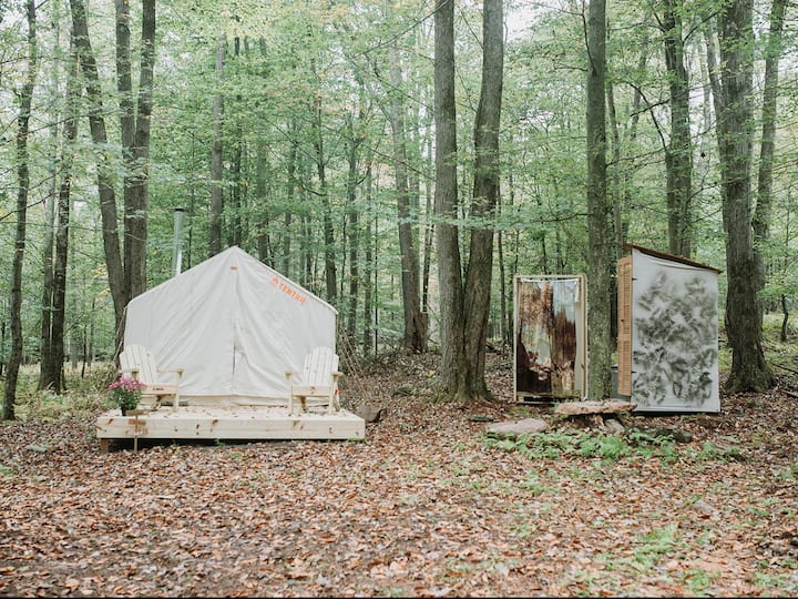 Tentrr Signature Site - Back 2 Nature Camp