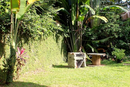 Border jungle home, 3 singles Dorm - Ampang