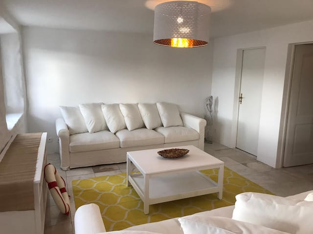 Stylish Appartment Lakeview (1-7pax)