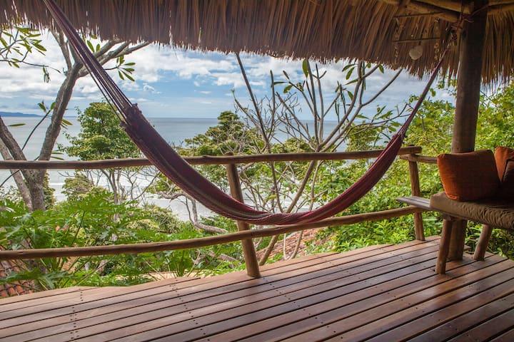 """El Congo""@Costa Dulce beach, yoga, surf, nature - San Juan del Sur"