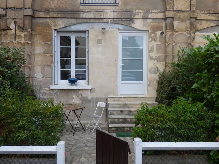 Entrée de l'appartement - Terrasse