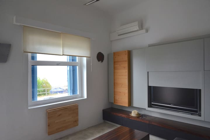 One-bedroom flat in Sitia with sea view