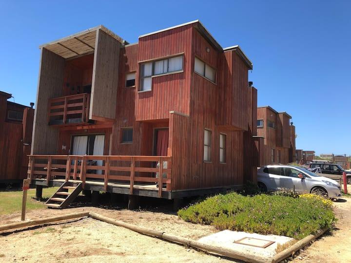 Hermosa casa Pichilemu - Loft de 3D y 2B en playa