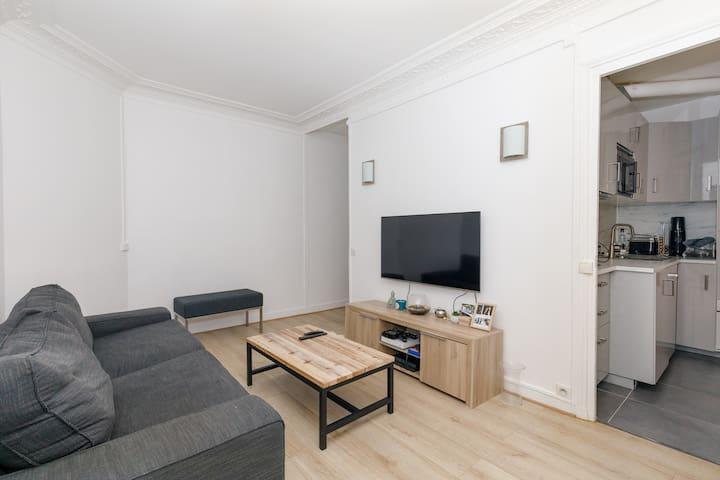 Beautiful warm apartment near Porte de Versailles