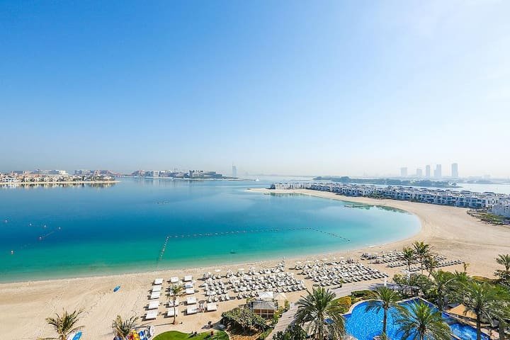 Palm Jumeirah AlNabat Luxury 3BR Aptm SeaView