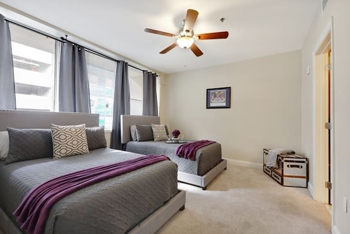 ★★ New Orleans/Near French Quarter Condo 00046!! ★