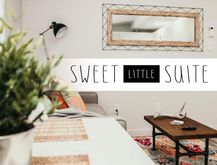 ★Sweet Little Suite!★ Super Cozy & NOW DISCOUNTED!
