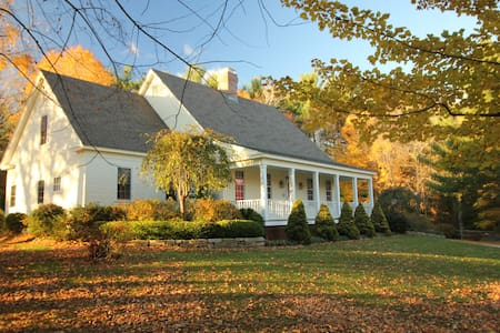 Hemlock Ridge Bed and Breakfast - Manchester