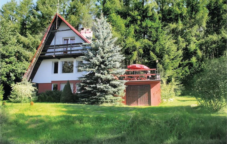 Holiday cottage with 3 bedrooms on 100m² in Suleczyno