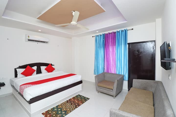 Super Deluxe Room | Check into another world | Bolpur