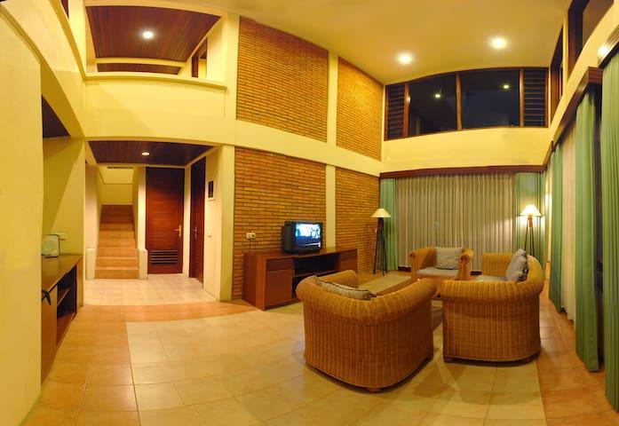 4 Bedrooms - Finna Residence