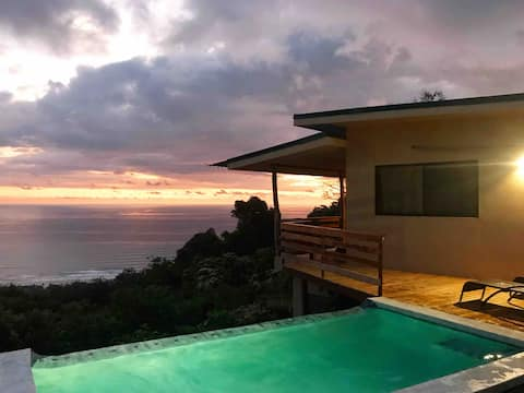 **Mountaintop Villa w/ Private Infinity Pool**