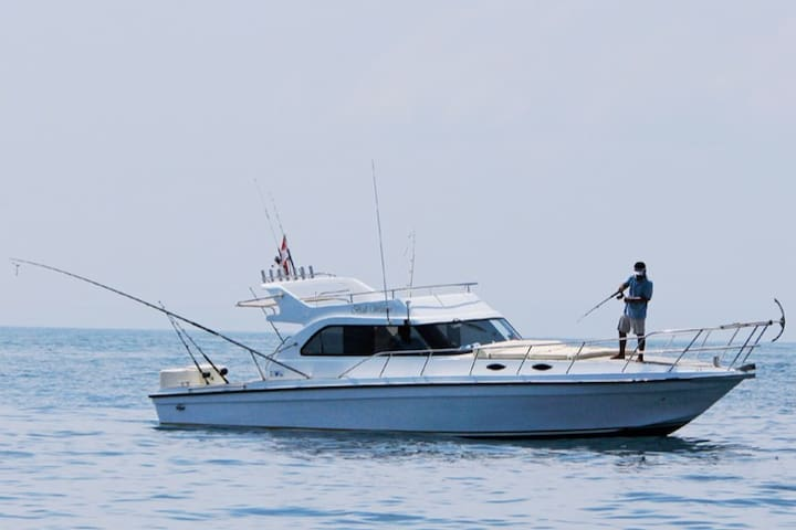 8-Hour Extreme Fishing for 8pax | Mancing EXTREME! - Bali - Bateau