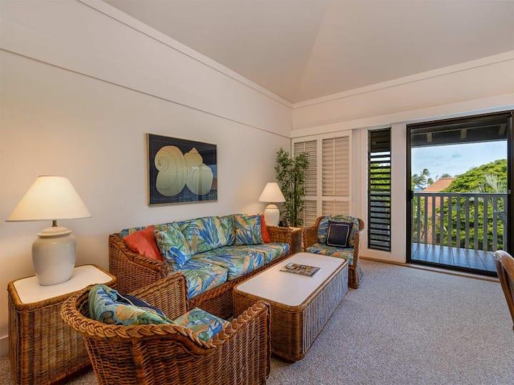 Poipu Beach Bliss w/Lanai, Open Kitchen, Ceiling Fans, TVs, DVD, WiFi–Kiahuna 2246