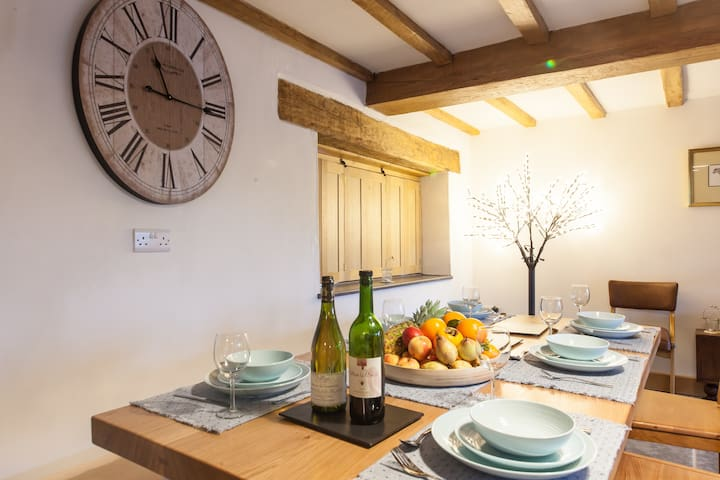 Beautiful Barn Conversion in Wales - Carmarthenshire - Andre