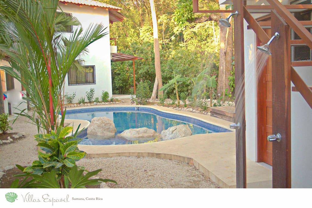 Shower off the sand of Samara as you relax into Villas Espavel.
