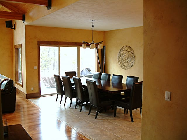 5 Master Lodgehome Sleeps 16 - Sunriver - Casa