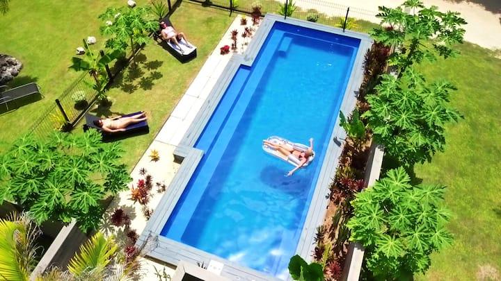 Muri Beachside Villa - Pool , Kayaks & Location !