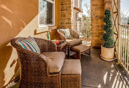 La Costa Private Suite in Carlsbad, CA