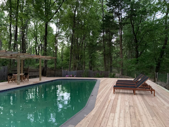 **Pool** wooded country home on 10 acres