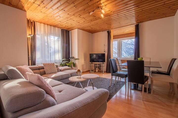 Miraflor Carmen, Apartment with terrace