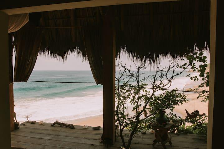 Cabaña vista al mar en playa Mermejita Mazunte